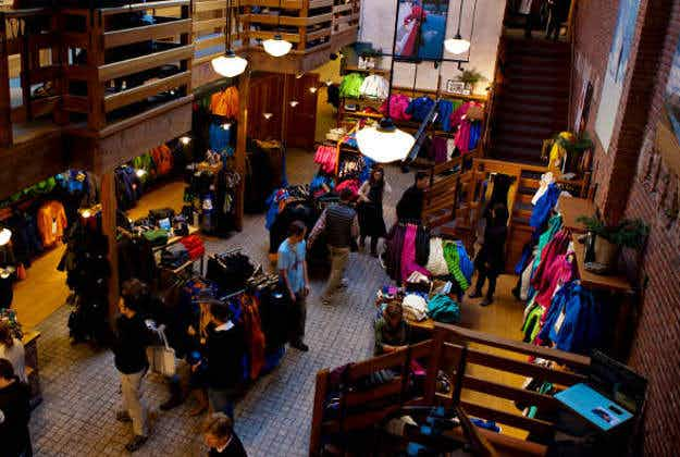 Clothing company Patagonia to donate 100% of Black Friday sales to environmental groups