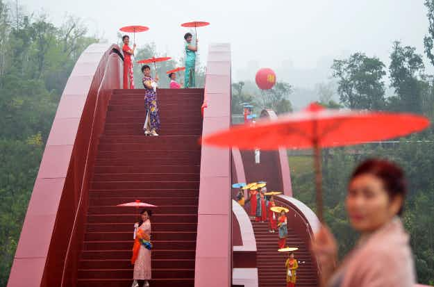 """See photos from the incredible """"Lucky Knot"""" bridge that has opened in China"""