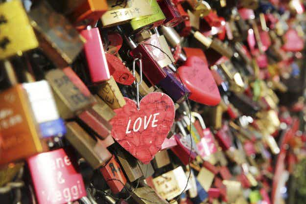 What is happening to Paris' famous love locks? They're going to raise money for a good cause