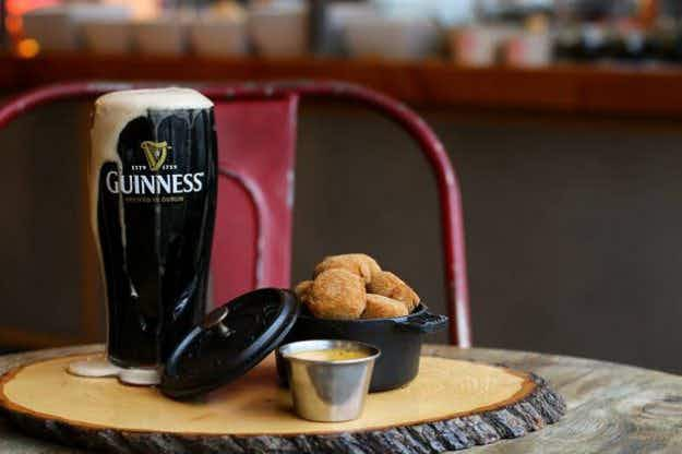 This Vancouver café's attempt at serving a pint of Guinness has gone viral for all the wrong reasons