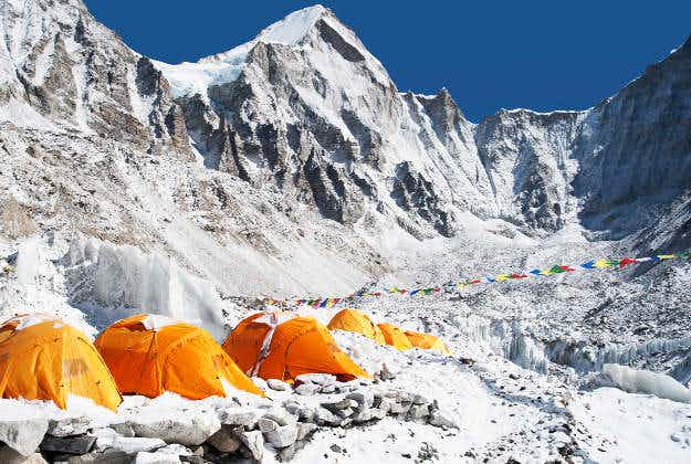 Nepal climbers to clean up earthquake damaged Everest Base Camp