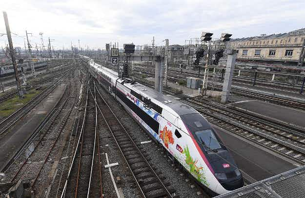 A new speedy train this summer will slash travel time between Paris and Bordeaux