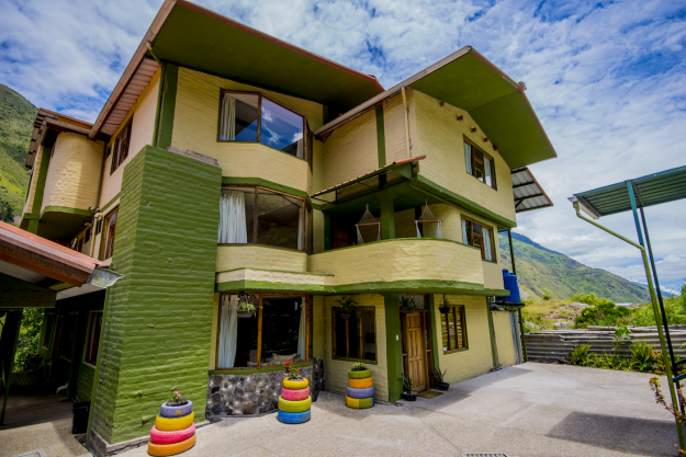 This amazing guesthouse in Ecuador could be yours ...for just $29