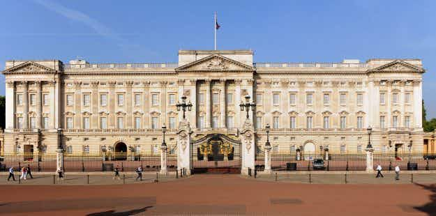 UK visitor numbers expected to grow this year, thanks to the weak pound