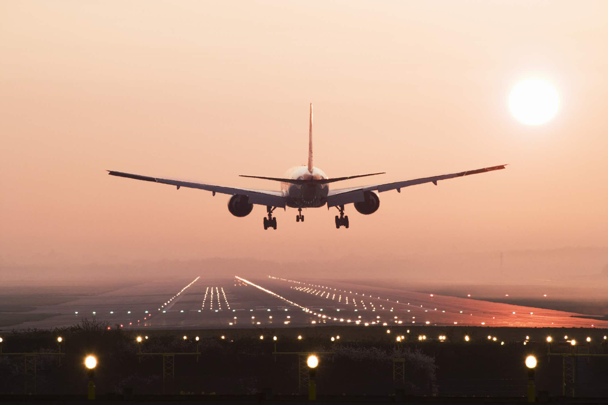 This incredible time-lapse video shows a day in the life of Gatwick airport's runway
