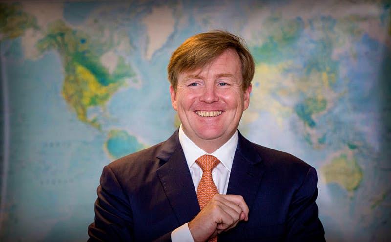 King Willem-Alexander opens renovated Martiem and Logistics College De Ruyter and Multraship Toage.