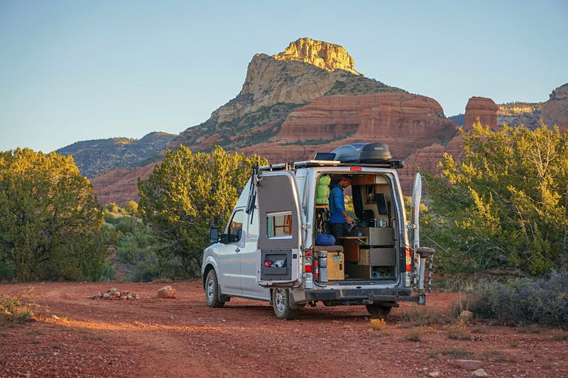 Get inspired by this traveller who works full-time while driving around the US in a van