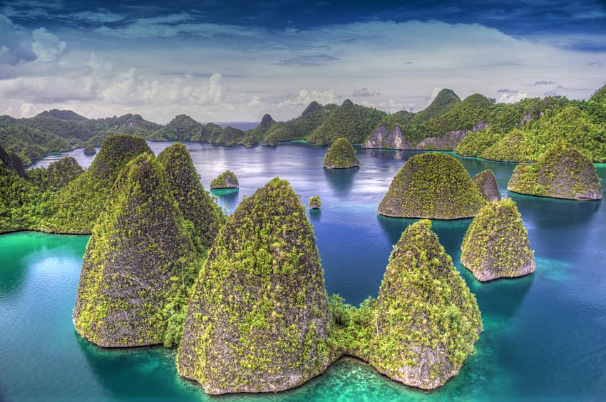 Indonesia Set To Count Every One Of The Estimated 17 500 Islands That Make Up The Country Lonely Planet