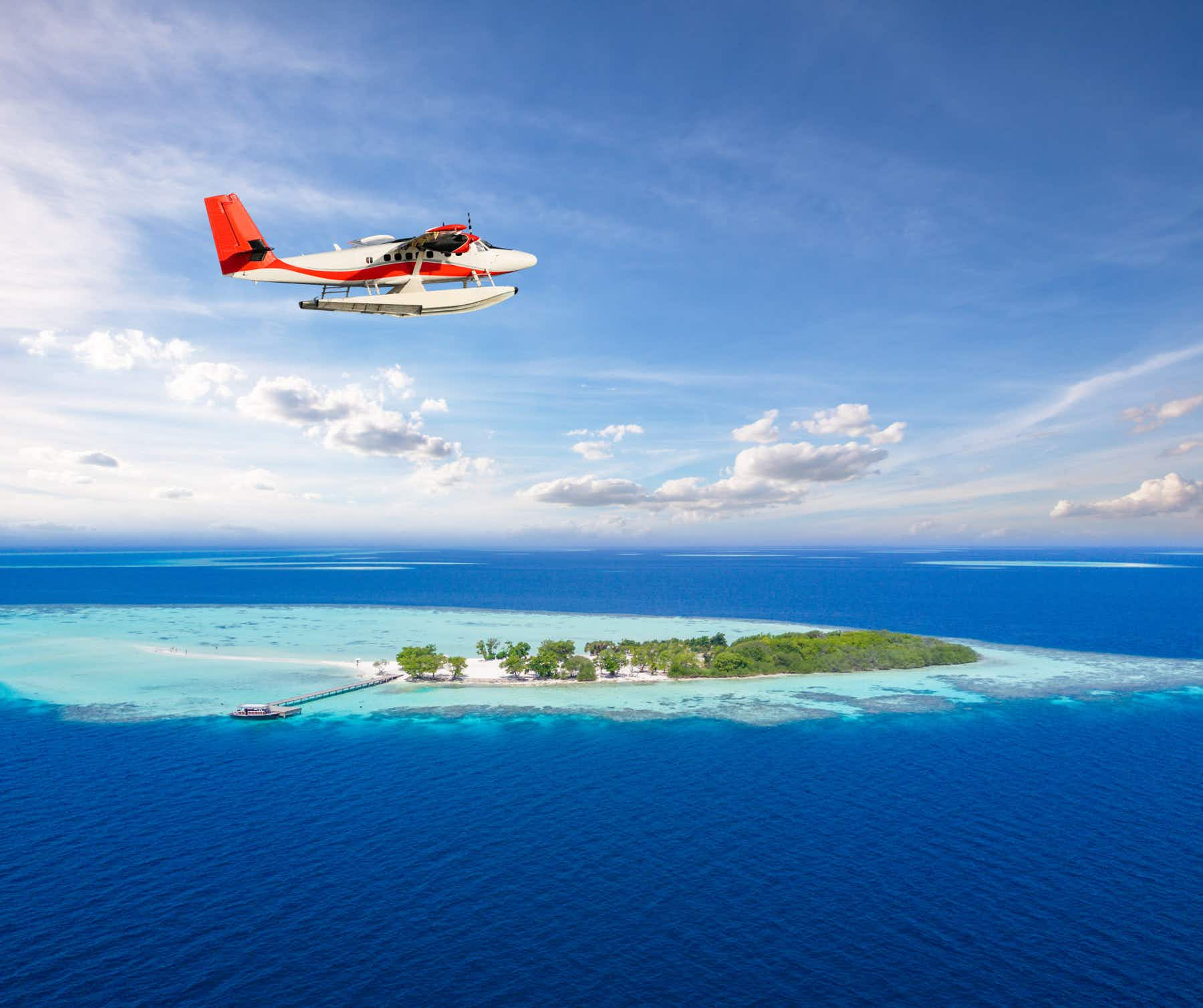 Maldives to sweep plastic from the sea in ambitious plan to protect its pristine waters