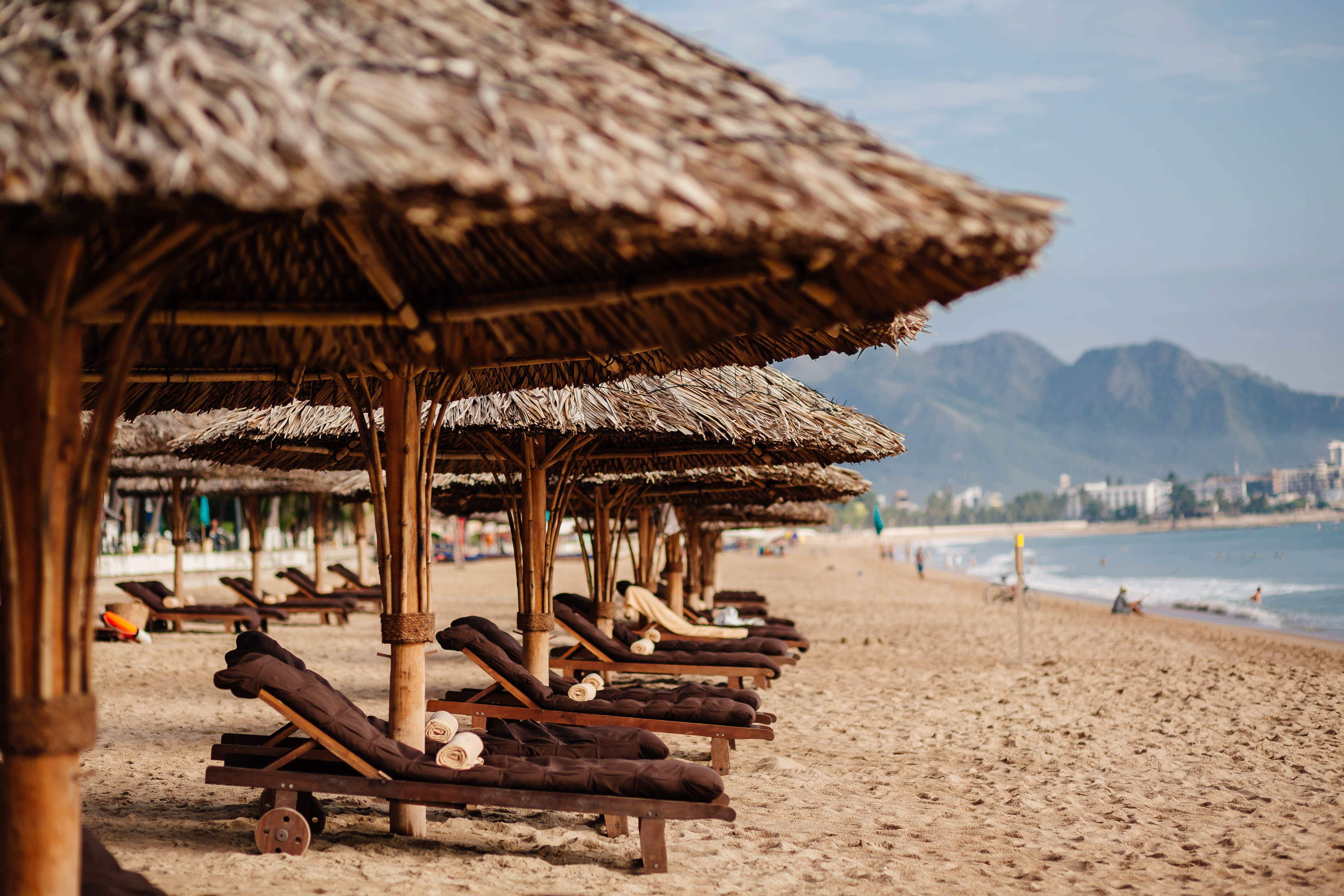 The cheapest and most expensive beaches to spend a day this summer