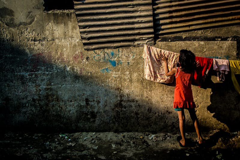 Photographer captures the joy of everyday street life in