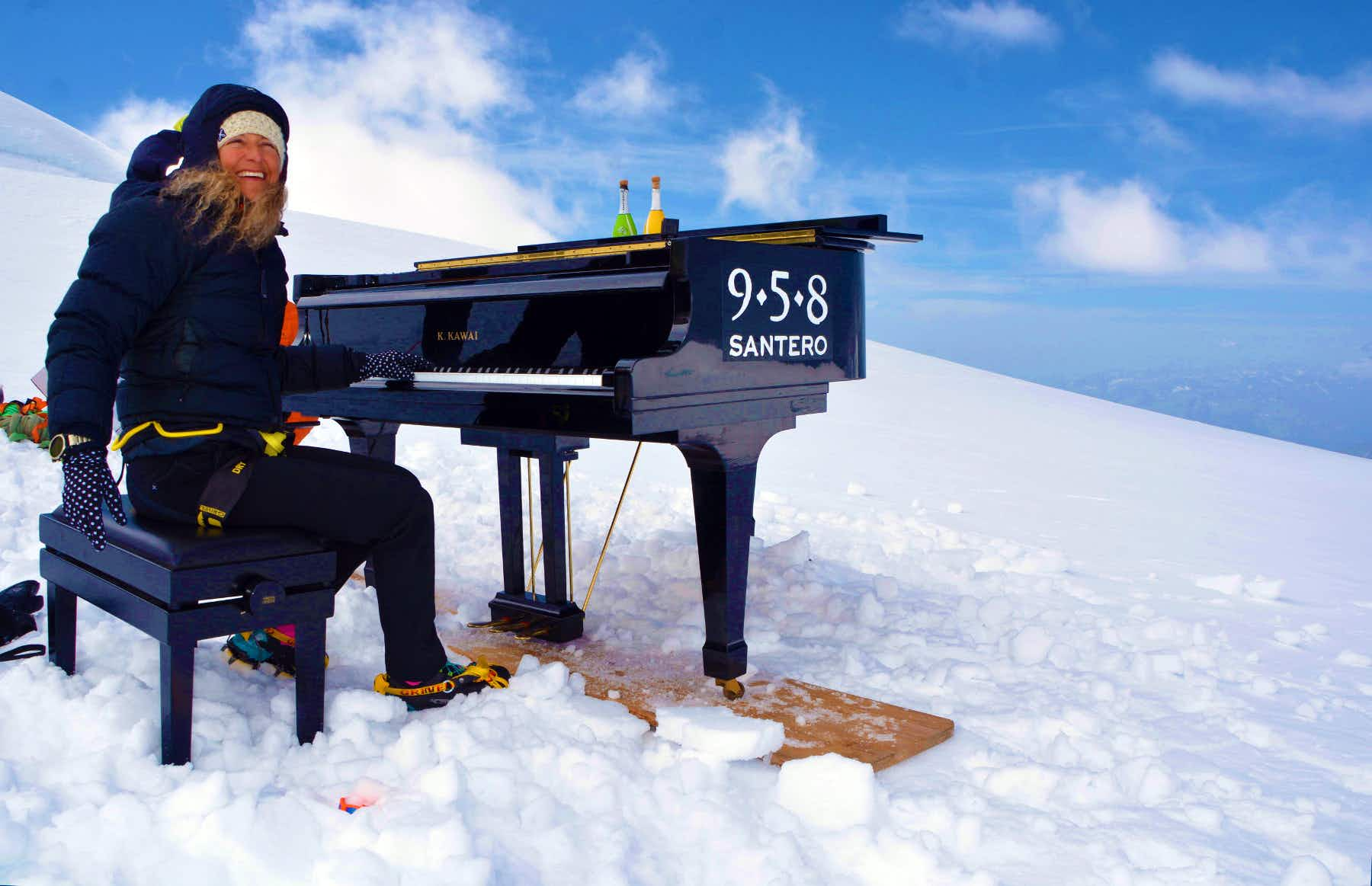 Italian pianist plays the highest piano concert in the world on Monte Rosa