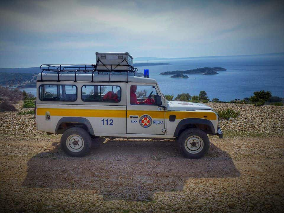 Croatian Mountain Rescue Service uses humour to educate tourists on Twitter