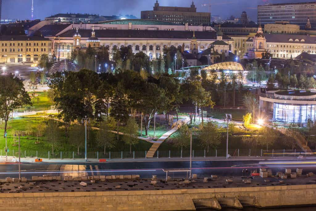 A new wild urban 32 acre park has opened beside Red Square in Moscow