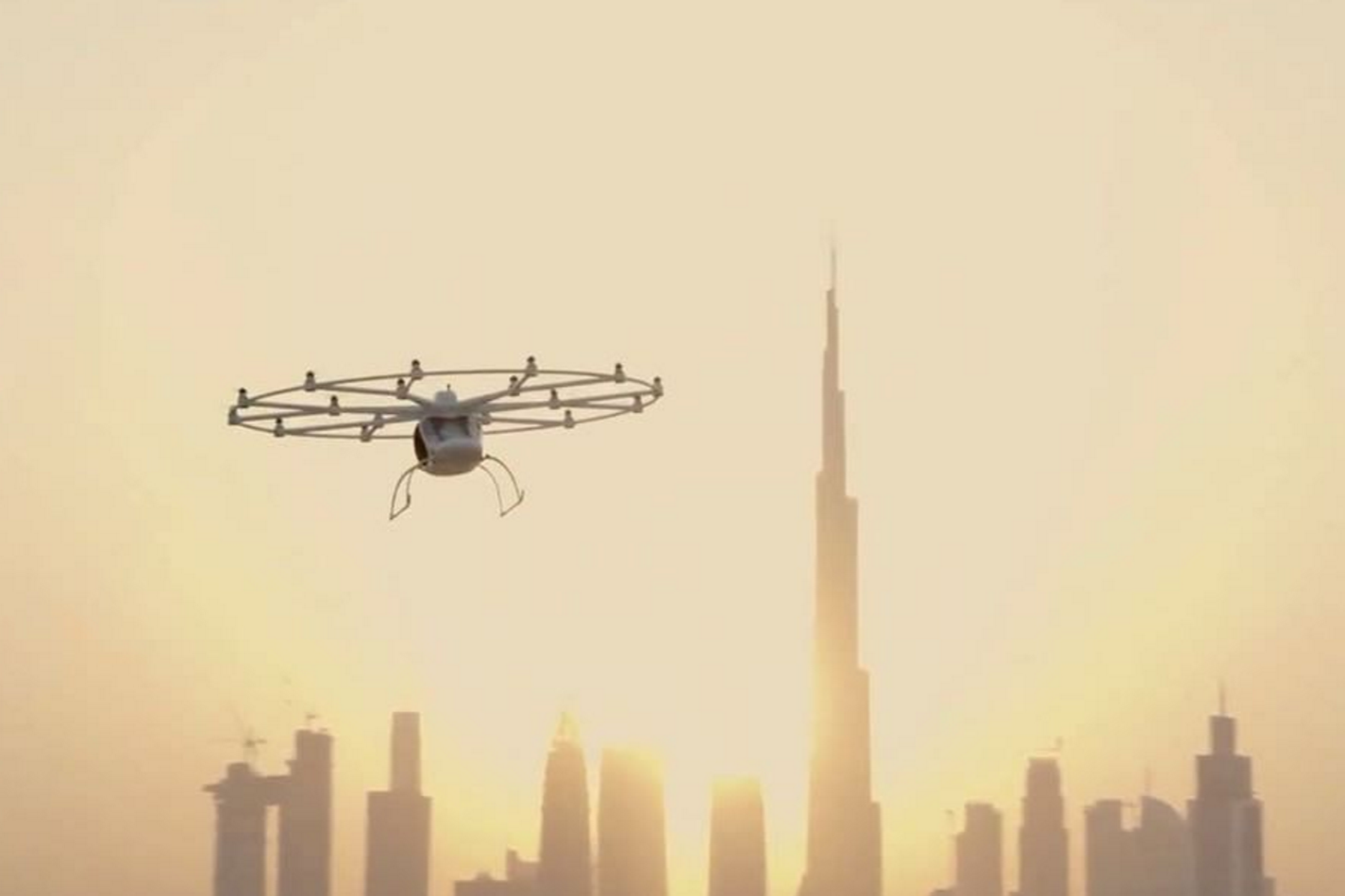 Flying taxis in Dubai complete their first test flight