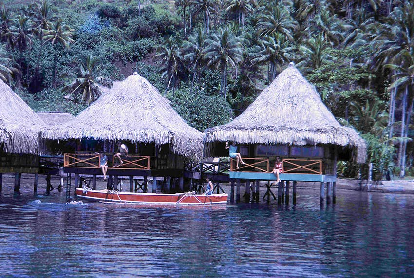Tahiti S Iconic Over Water Bungalows Are Celebrating Their 50th Year Lonely Planet