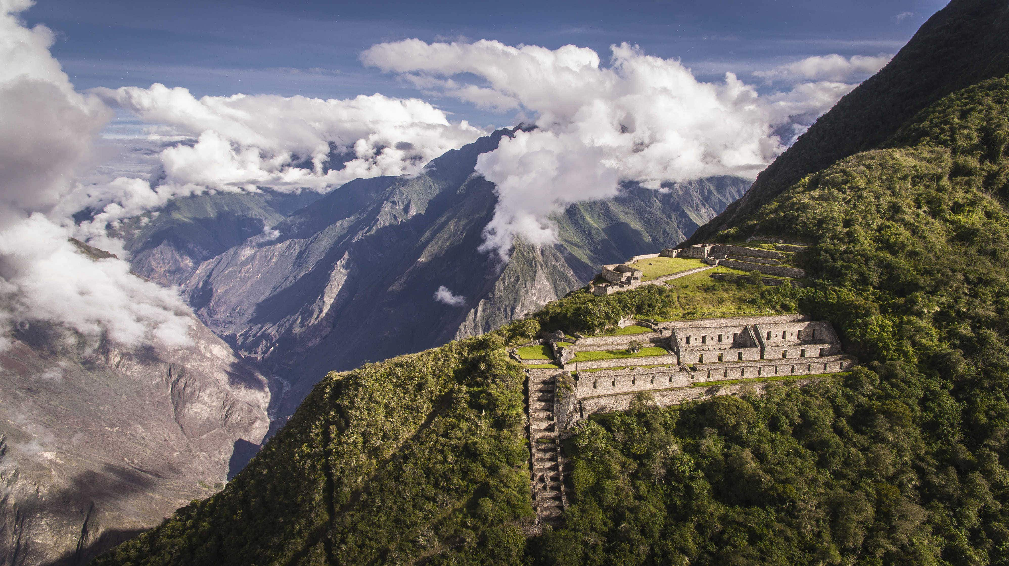 Explore the ancient ruins of Peru's Choquequirao with virtual reality