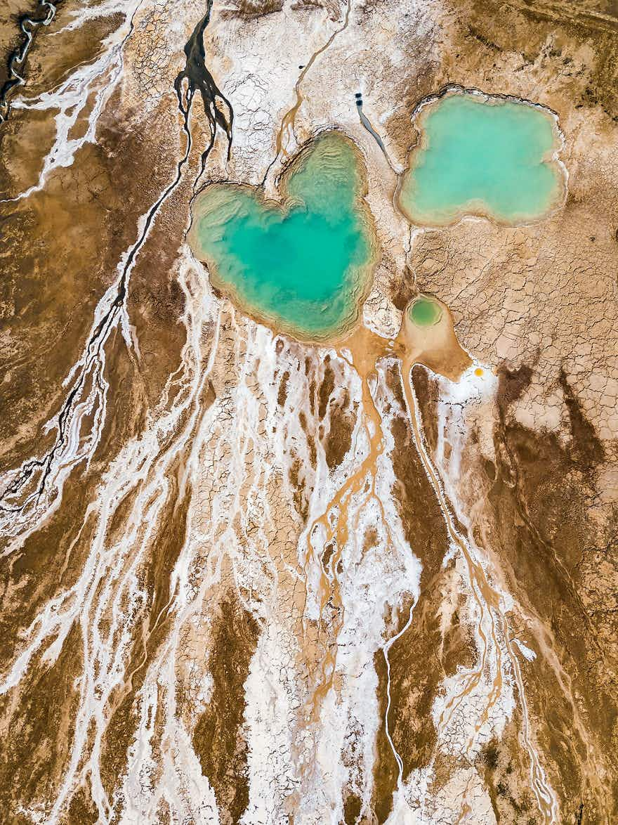 These aerial shots of the Dead Sea look like abstract paintings