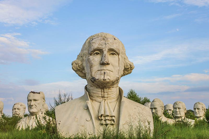 Travel News - MDRUM_Lost_Presidents_Heads-3