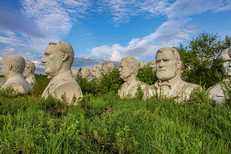 Travel News - MDRUM_Lost_Presidents_Heads-7