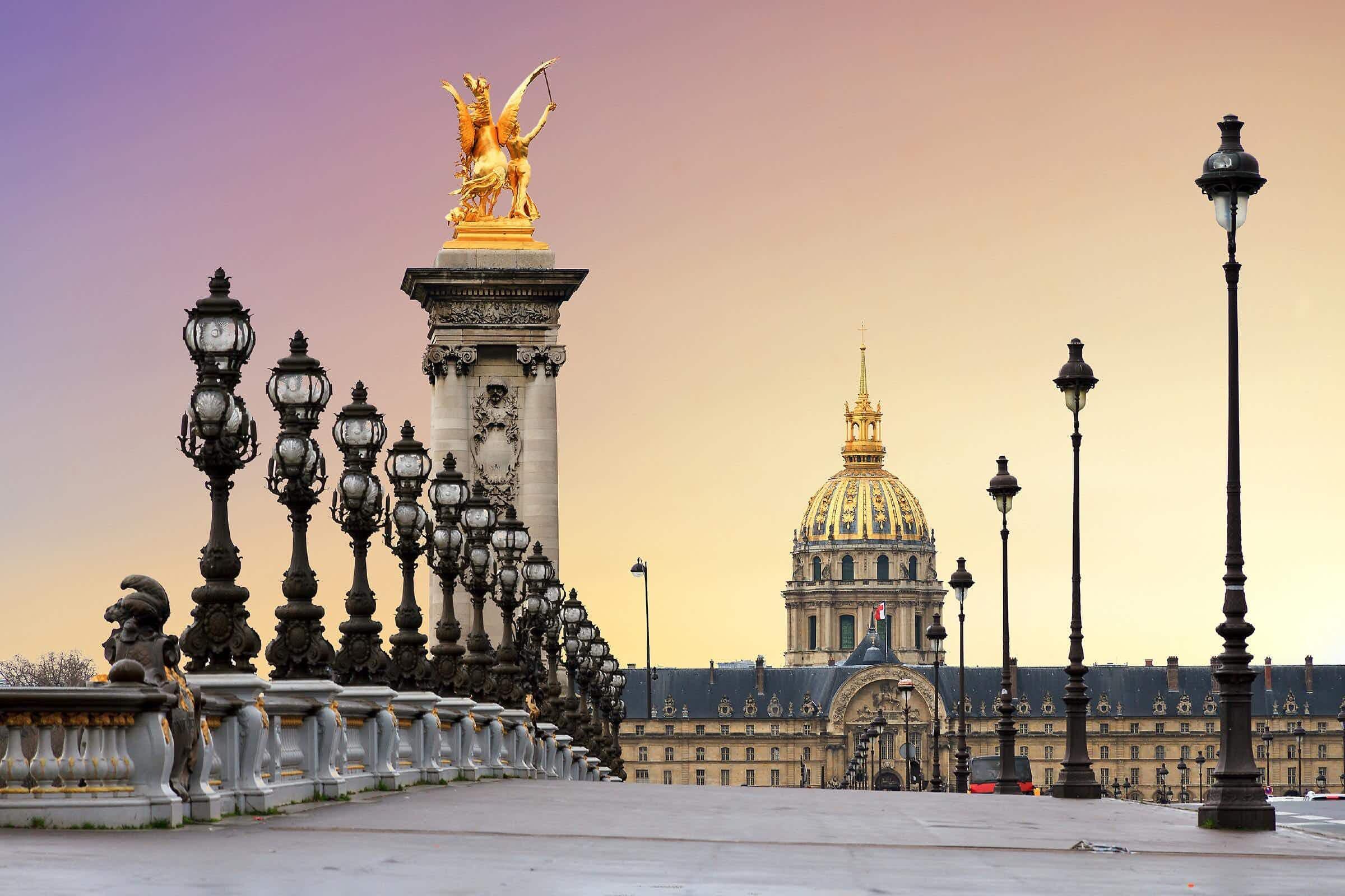 Paris is getting three new footbridges full of shops, restaurants and gardens