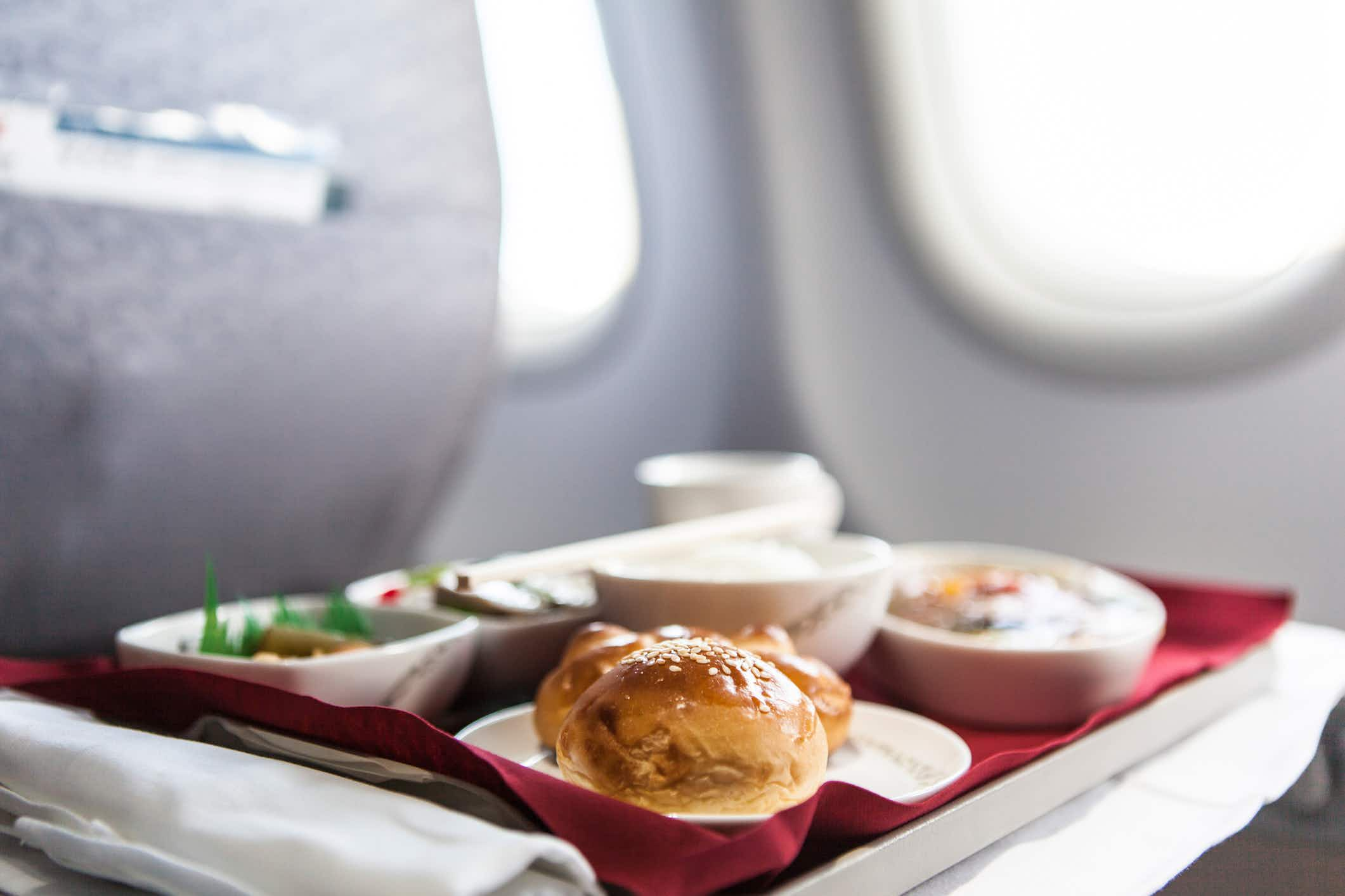 Find the healthiest meal in the sky on this ranking of the best airline food in the US