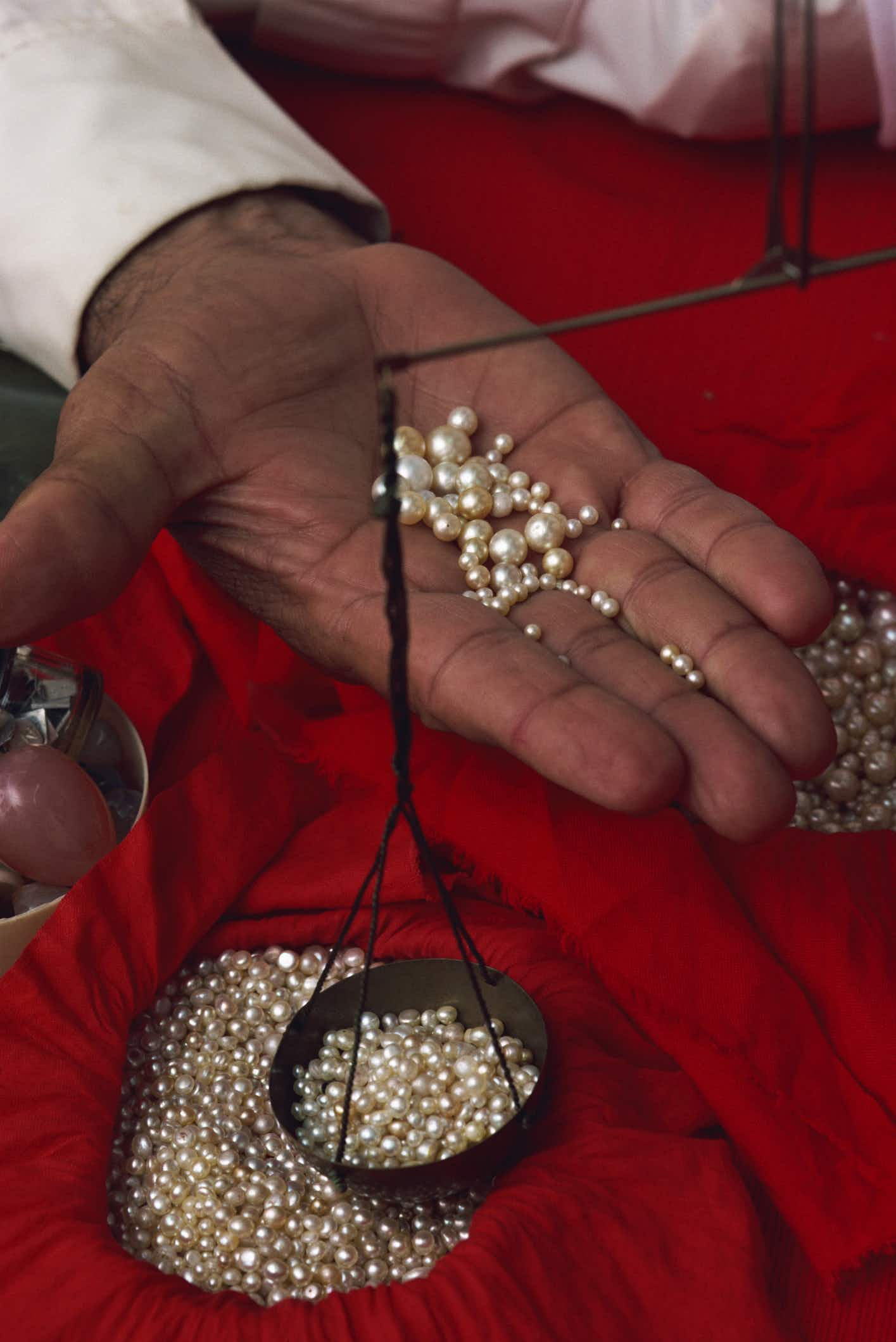 Go pearl-diving in Bahrain and take your treasure home with you
