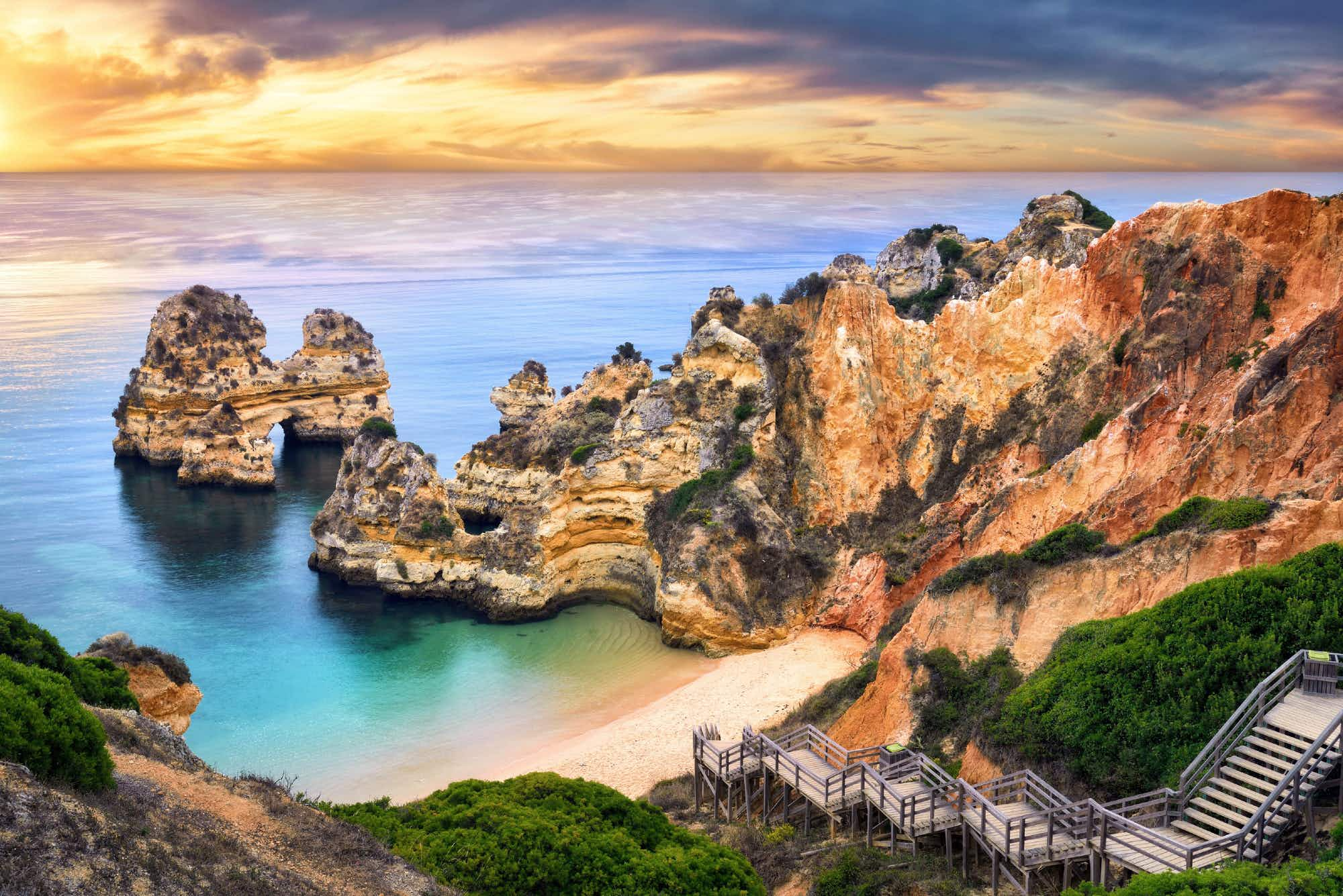 Portugal cleans up with six top prizes at World Travel Awards