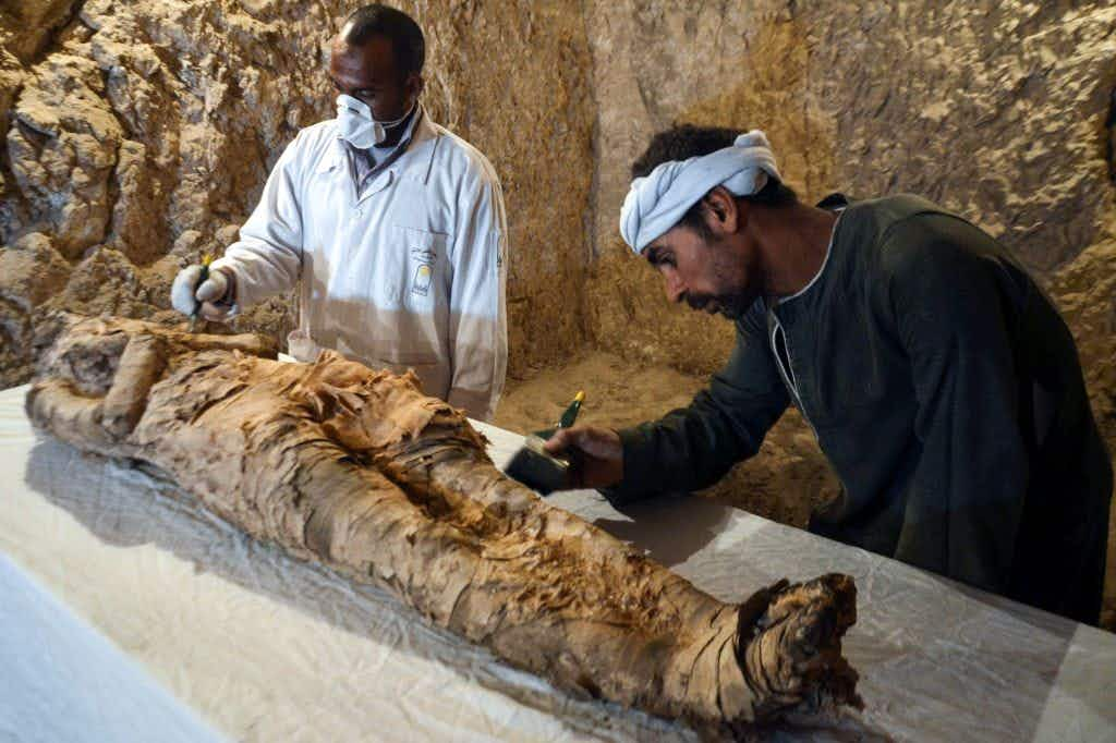 Egypt reveals the discovery of two ancient tombs in Luxor