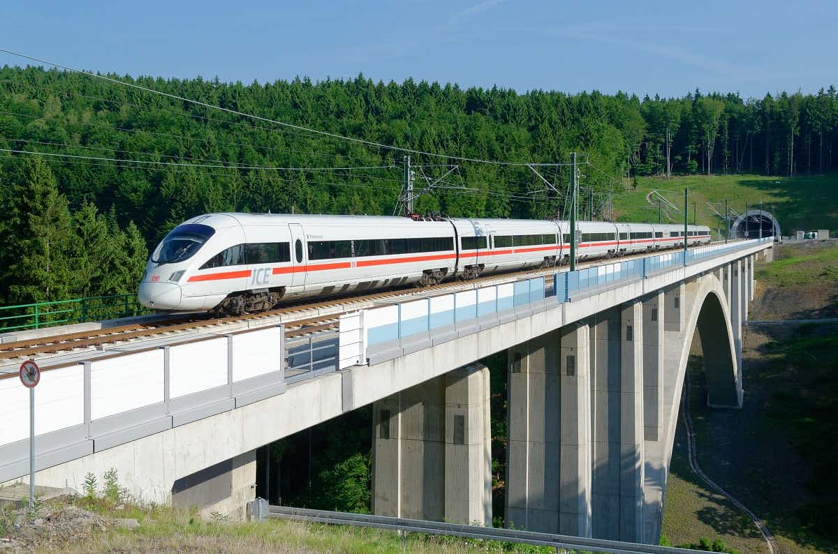 Berlin to Munich in under four hours on new high speed trains