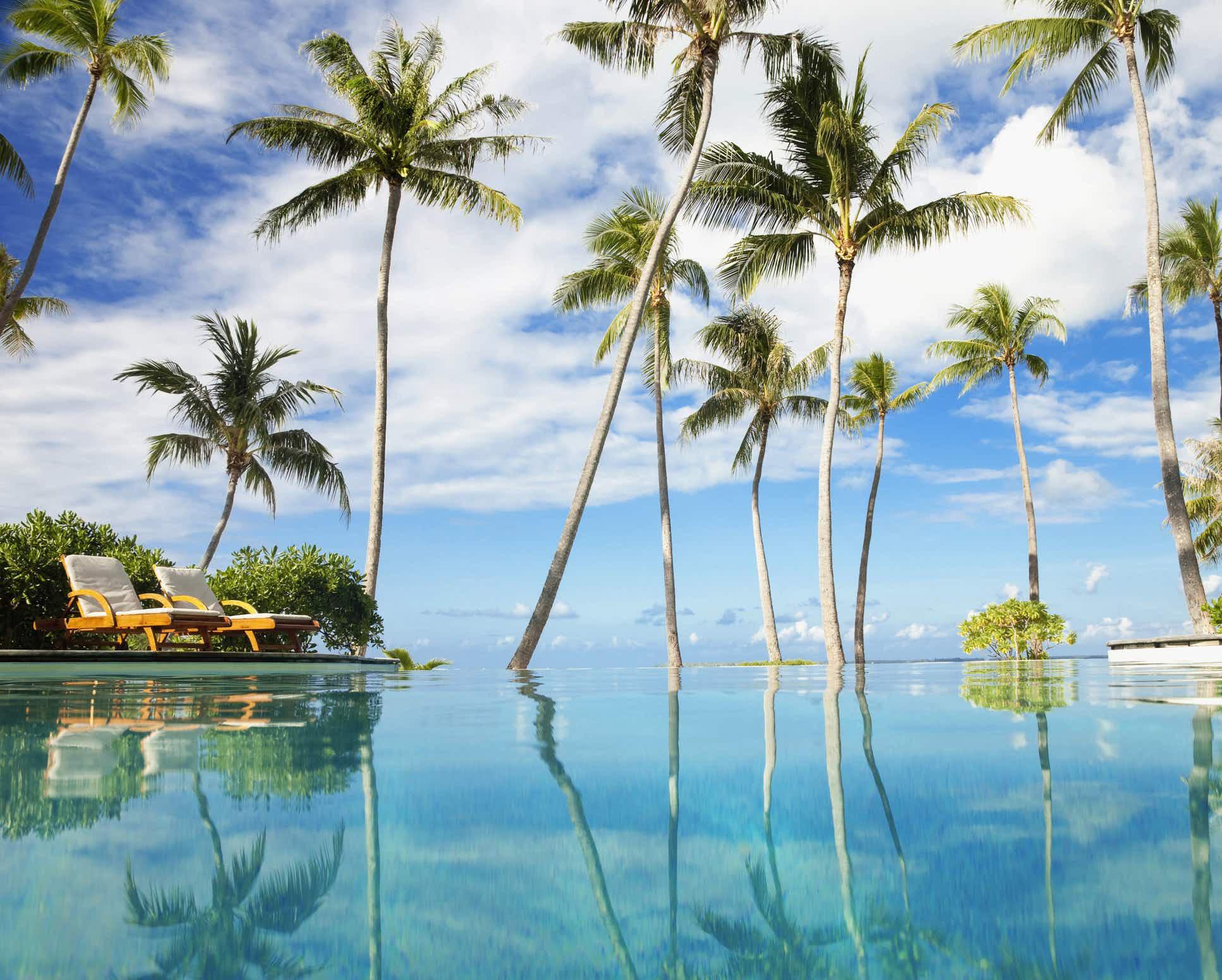 New direct flights connect mainland USA to the island of Tahiti