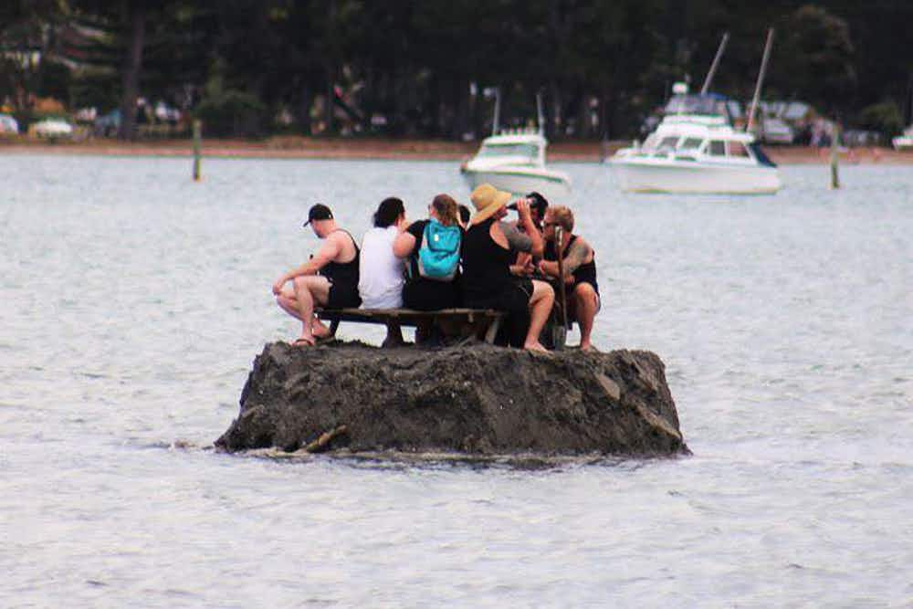 New Zealanders get around laws on alcohol by building themselves an island bar