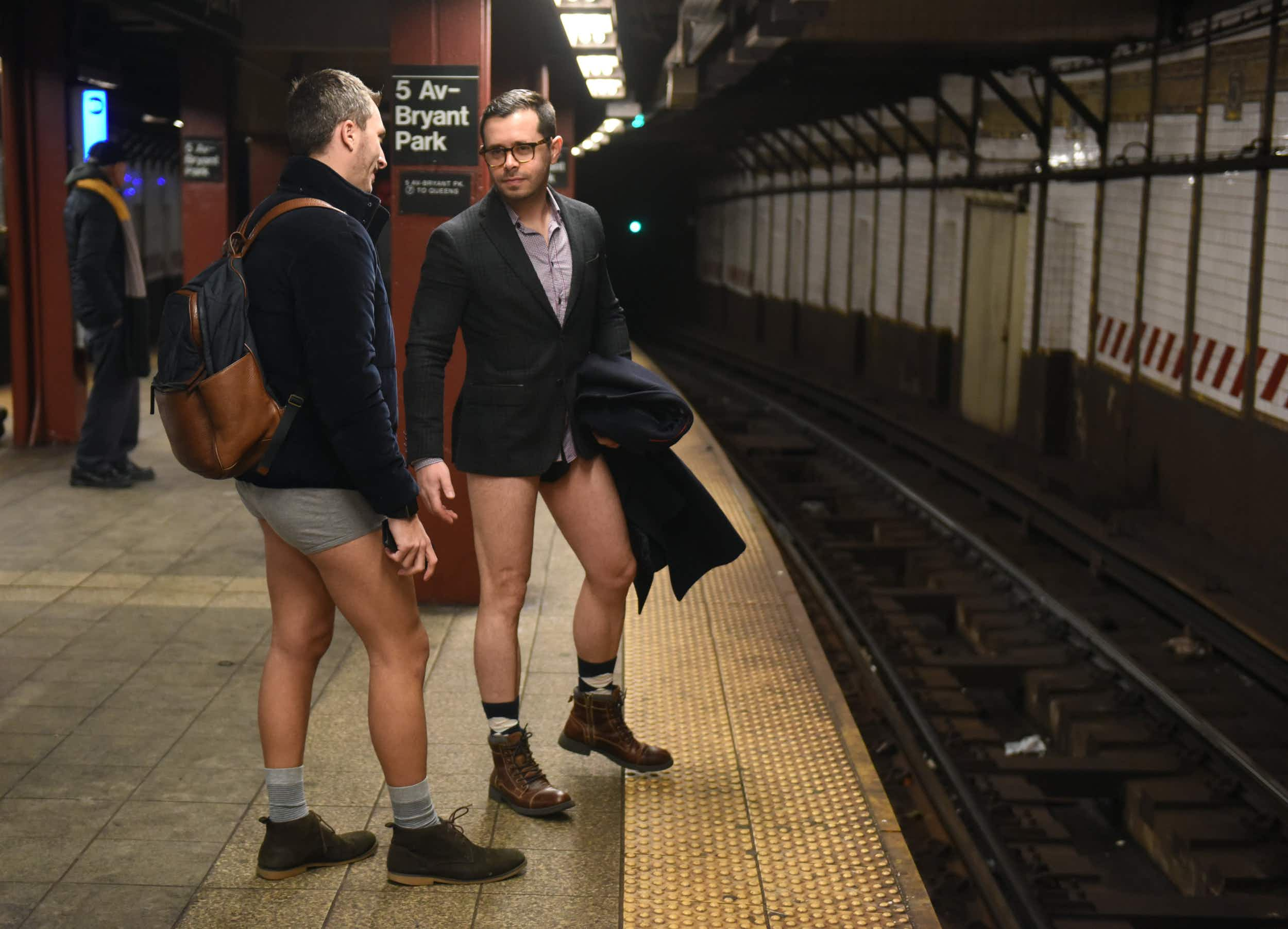 New Yorkers brave freezing temperatures for annual No Pants Subway Ride