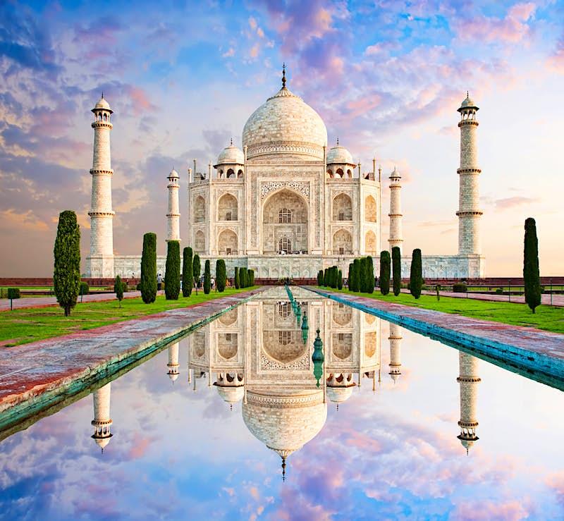Taj Mahal May Limit Visitors To Protect India S Top Monument