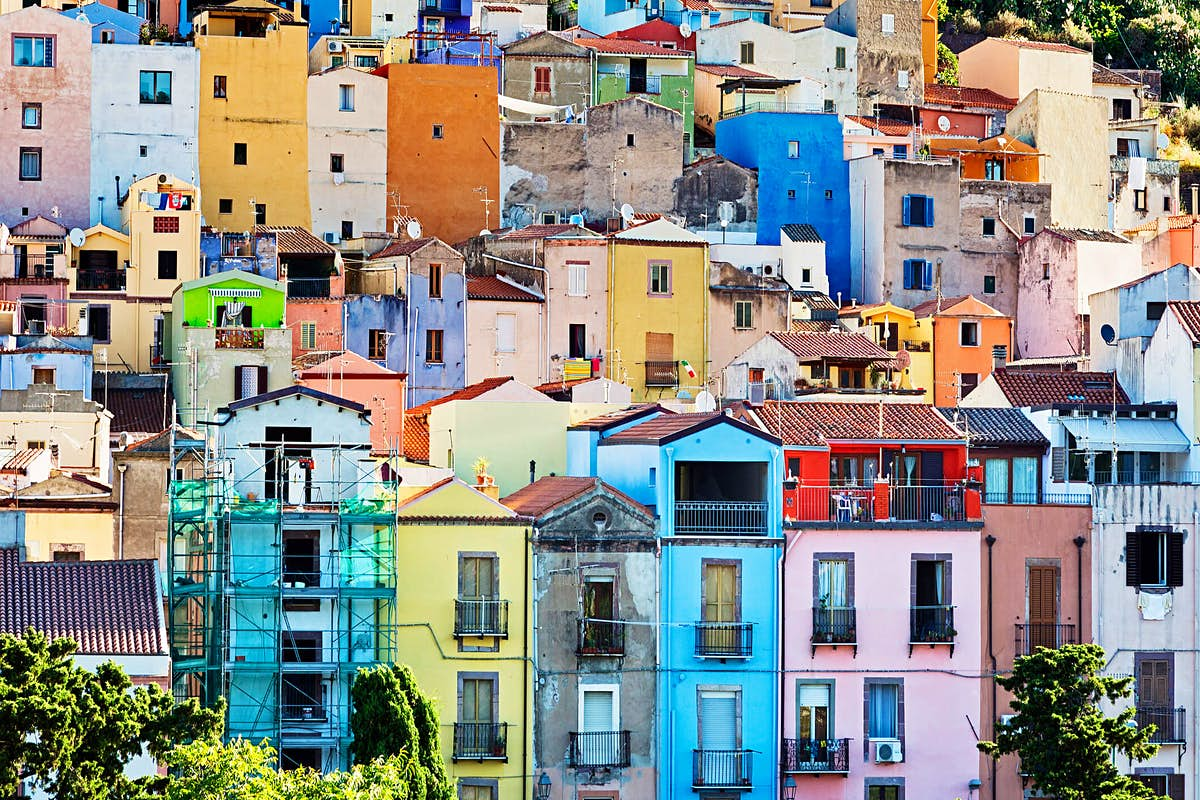 Yes, you can buy a holiday home in Italy for €20...but there's a ...
