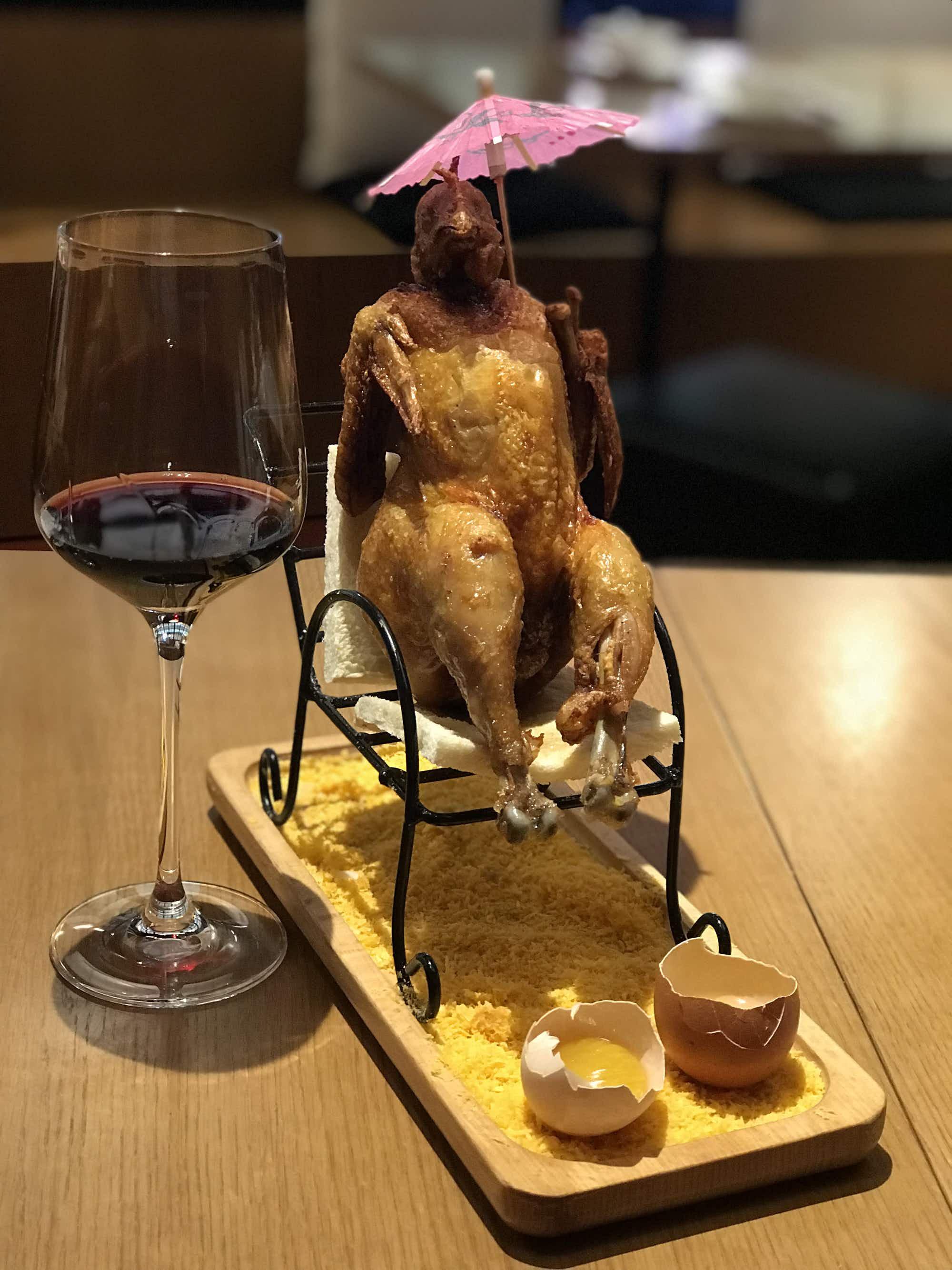 Shanghai restaurant serves up deep-fried chicken on a deckchair