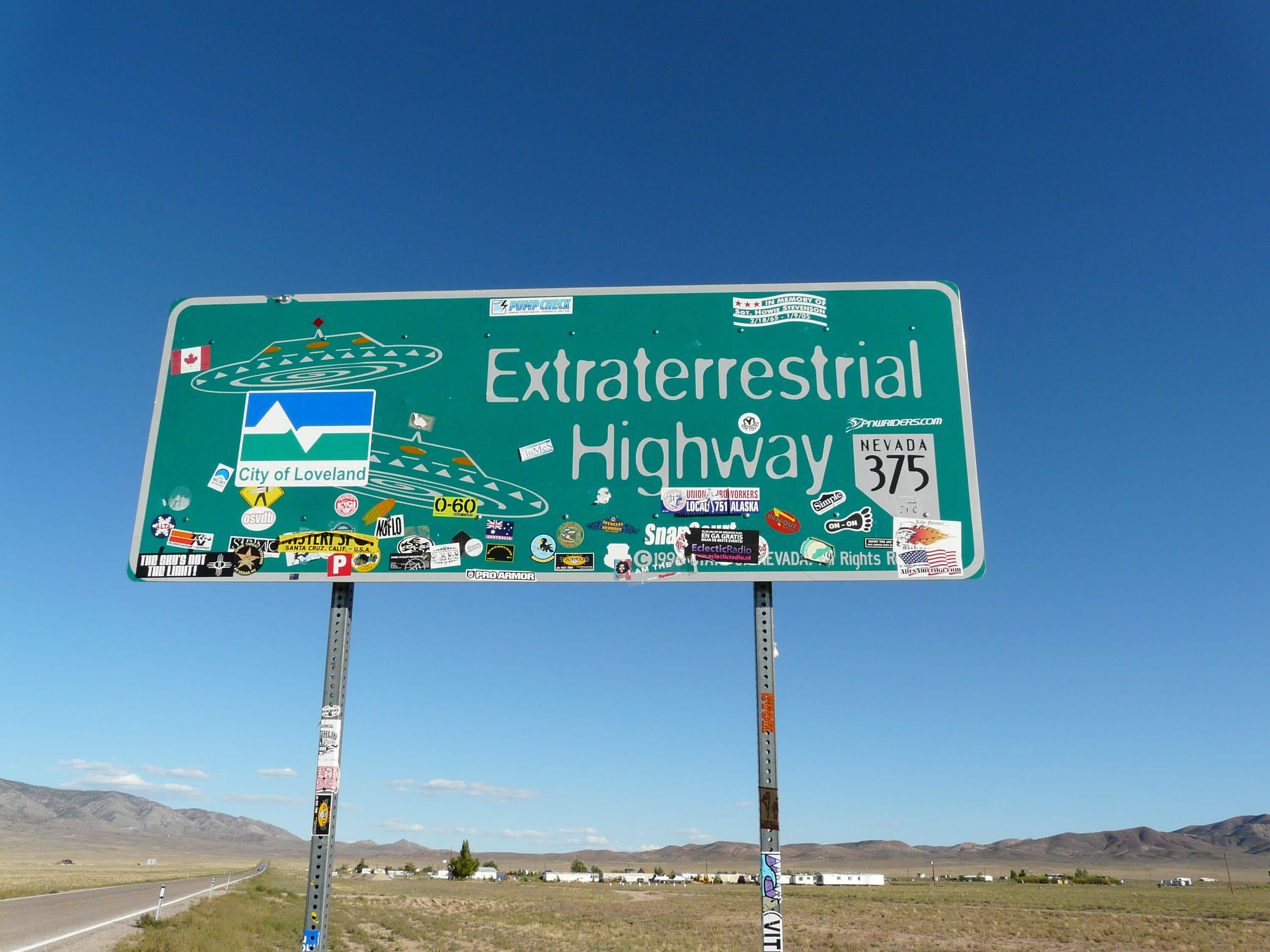 Search for UFOs and aliens on a three-day road trip around Area 51 in Nevada
