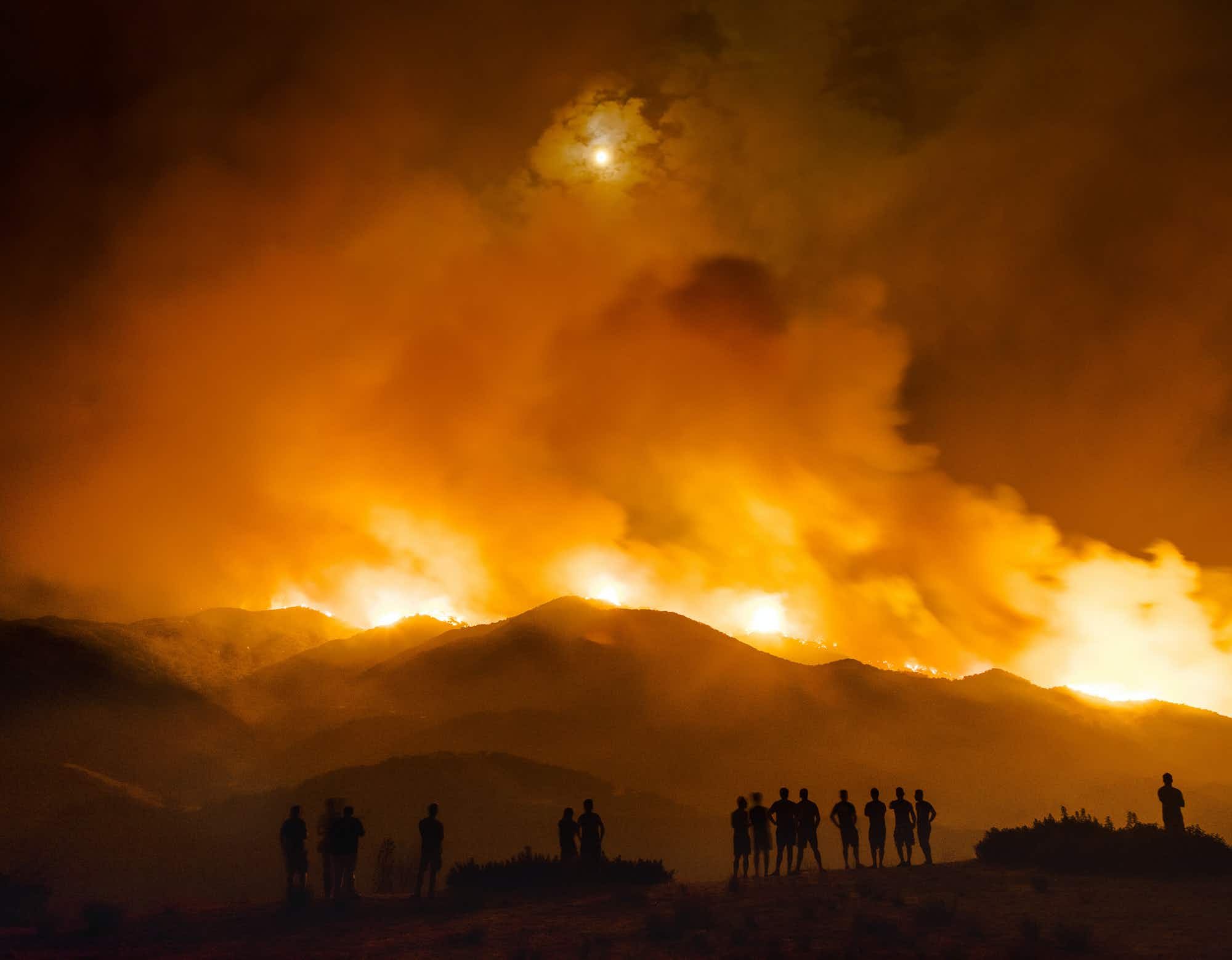 Los Angeles photographer comes face to face with wildfire