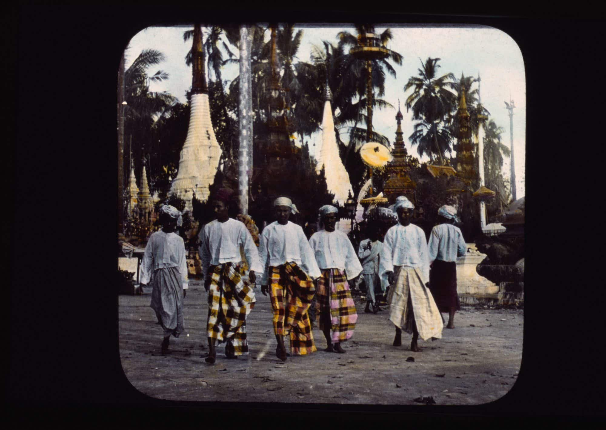 See these stunning photos documenting a round-the-world trip 120 years ago