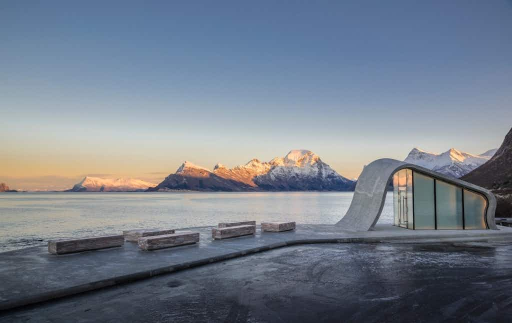 This toilet on a scenic driving route in Norway is worth a stop