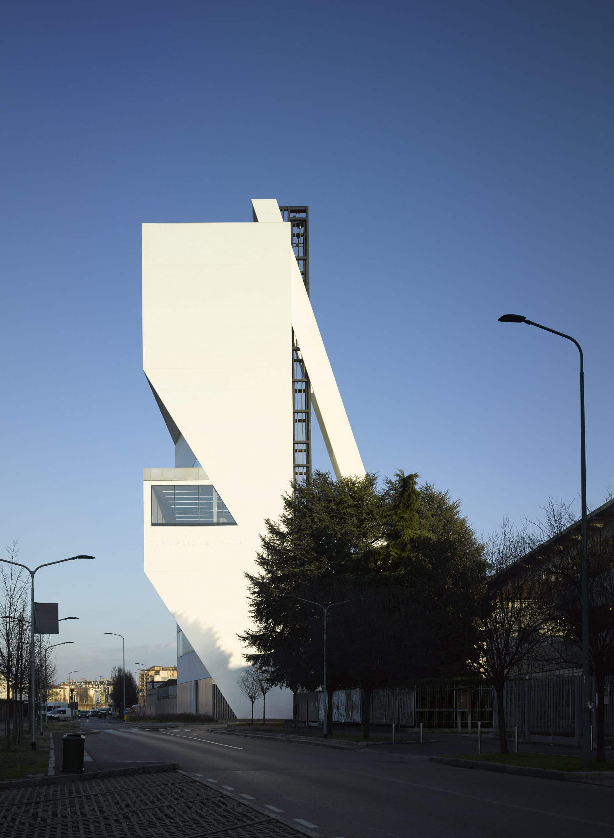 Milan's elegant Torre at Fondazione Prada nears completion