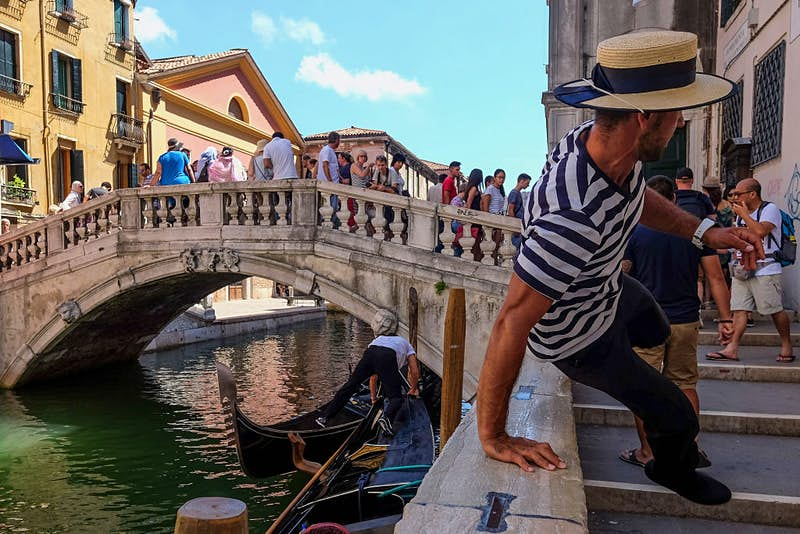 Travel News - Tourists Visit Venice At The Height Of Summer