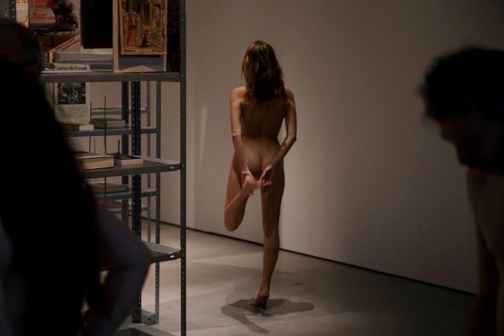 People take part in a nudist visit of the 'Discorde, Fille de la Nuit' season exhibition at the Palais de Tokyo museum in Paris.  Image: Geoffroy Van Der Hasselt/Getty