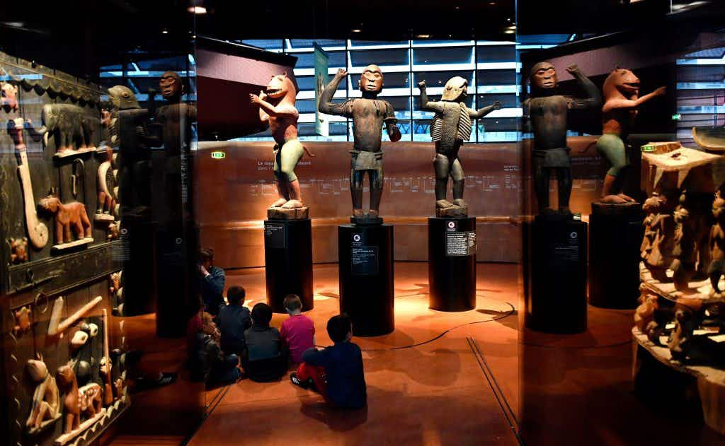 European museums are considering returning colonial-era artefacts to Africa