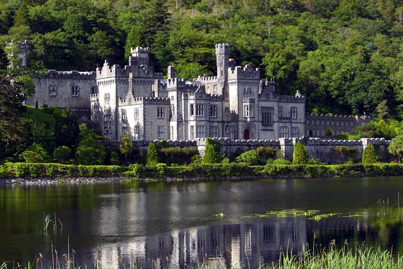 Travel News - Kylemore Abbey.