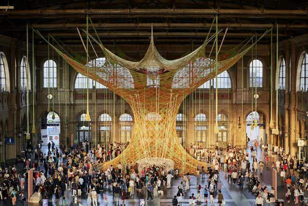A new art installation has appeared in the middle of Zurich's train station