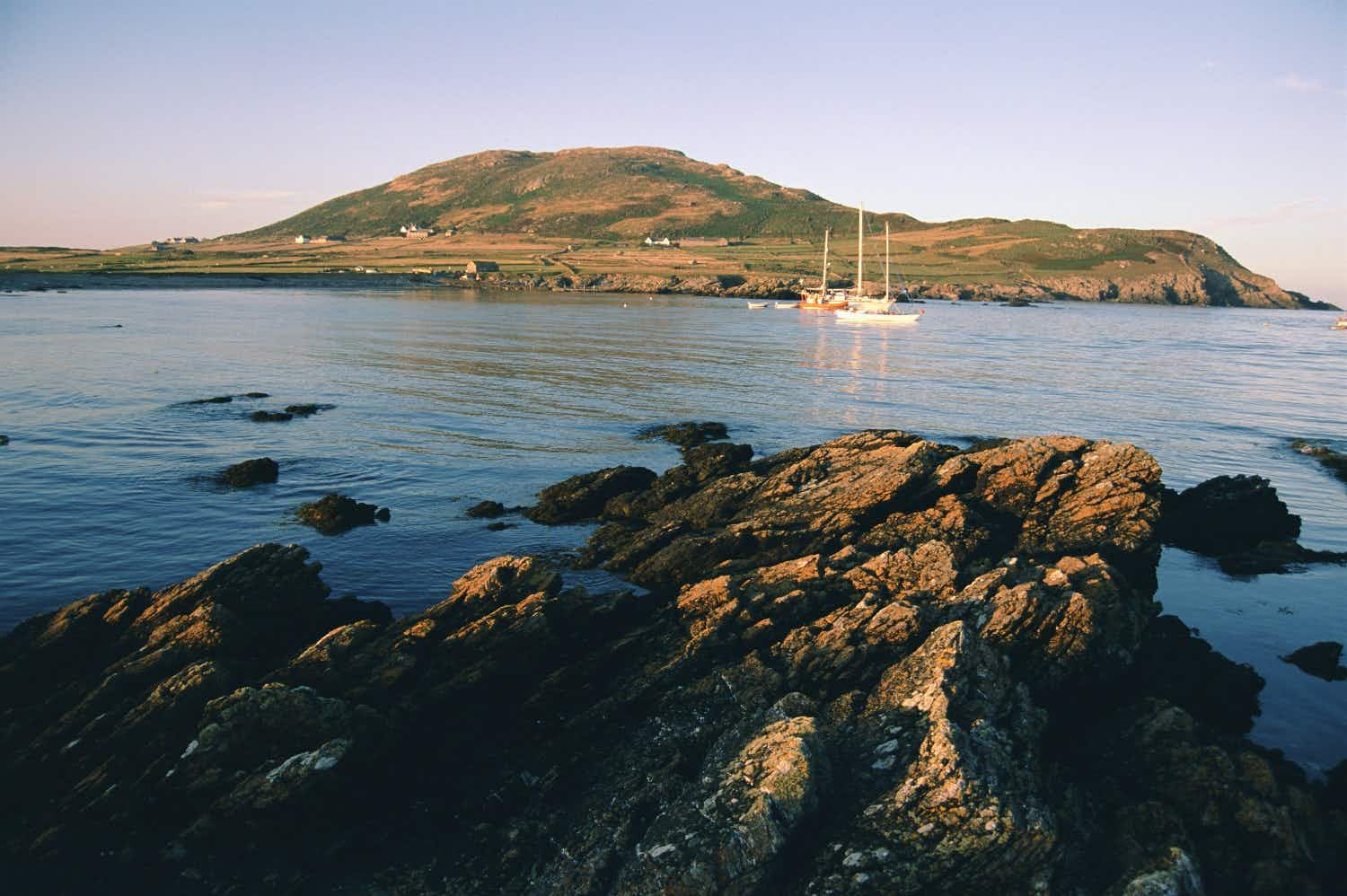 This dream job could see you and your partner working on a secluded Welsh island