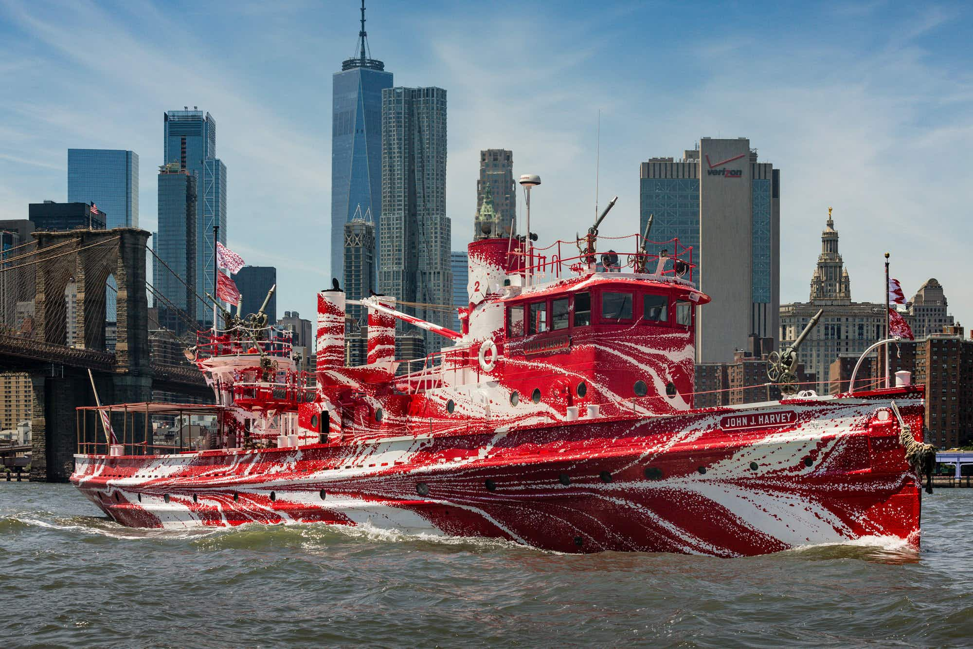 Now's the time to grab a free boat tour of New York