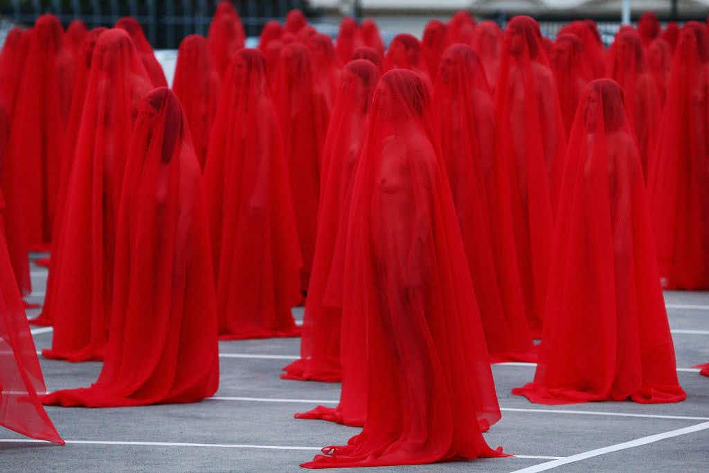 Hundreds of naked people photographed by Spencer Tunick in Melbourne supermarket carpark