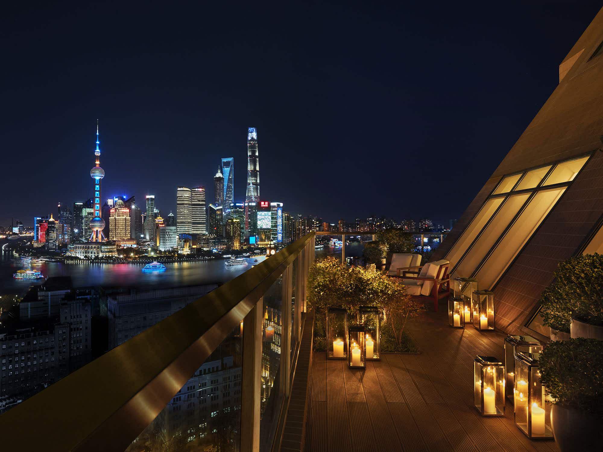 This new Shanghai luxury heritage hotel rocks its own glamorous nightclub
